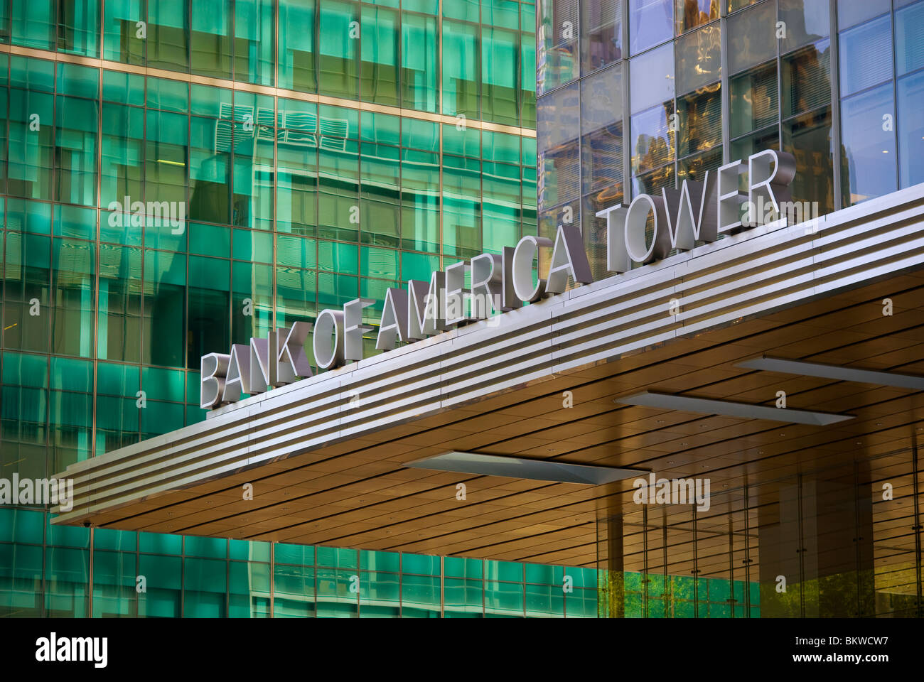 Bank of America headquarters at One Bryant Park in New ...