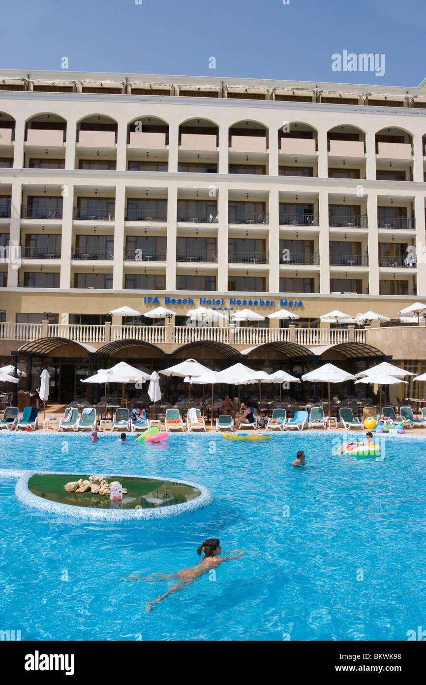 Outdoor pool with island sunny beach people having fun - Sunny beach pools ...