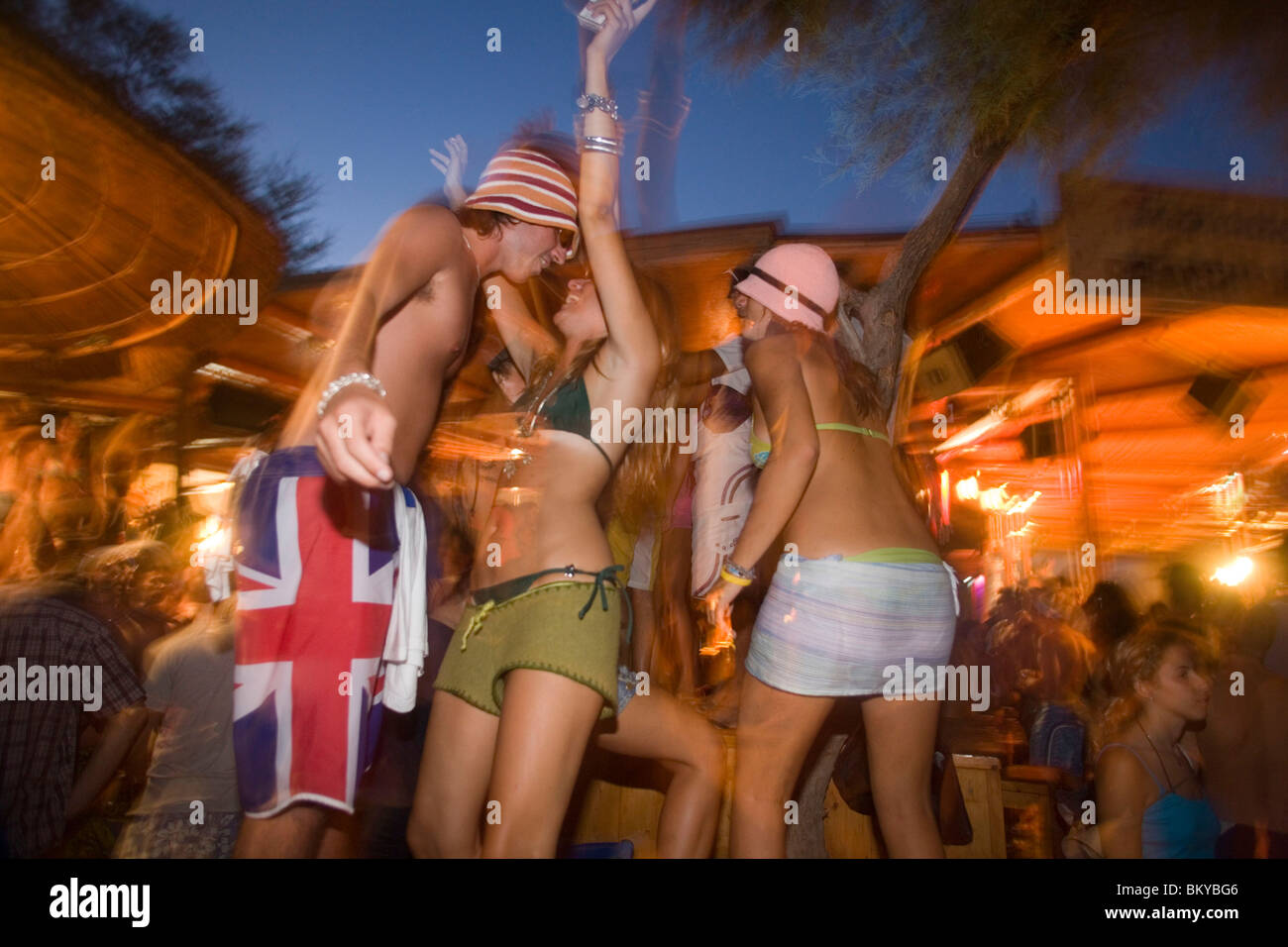 Girl Dancing Full Moon Party Stock Photos & Girl Dancing Full Moon ...