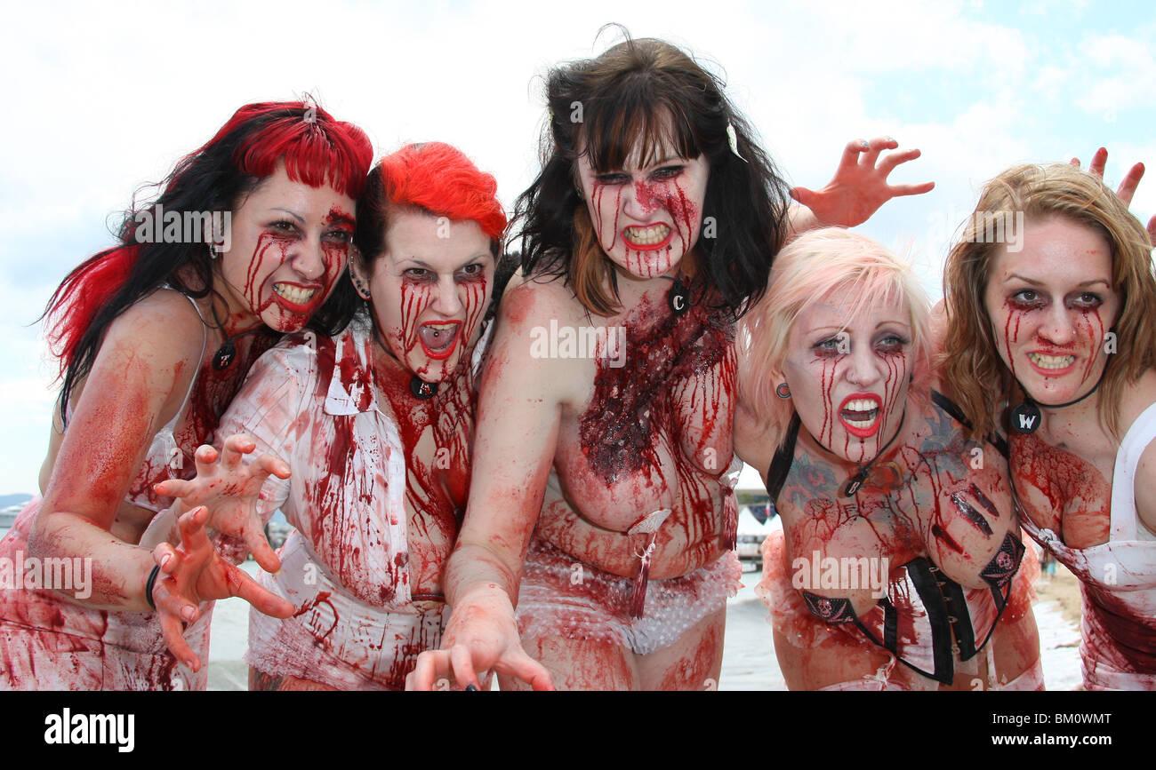 sexy zombie women