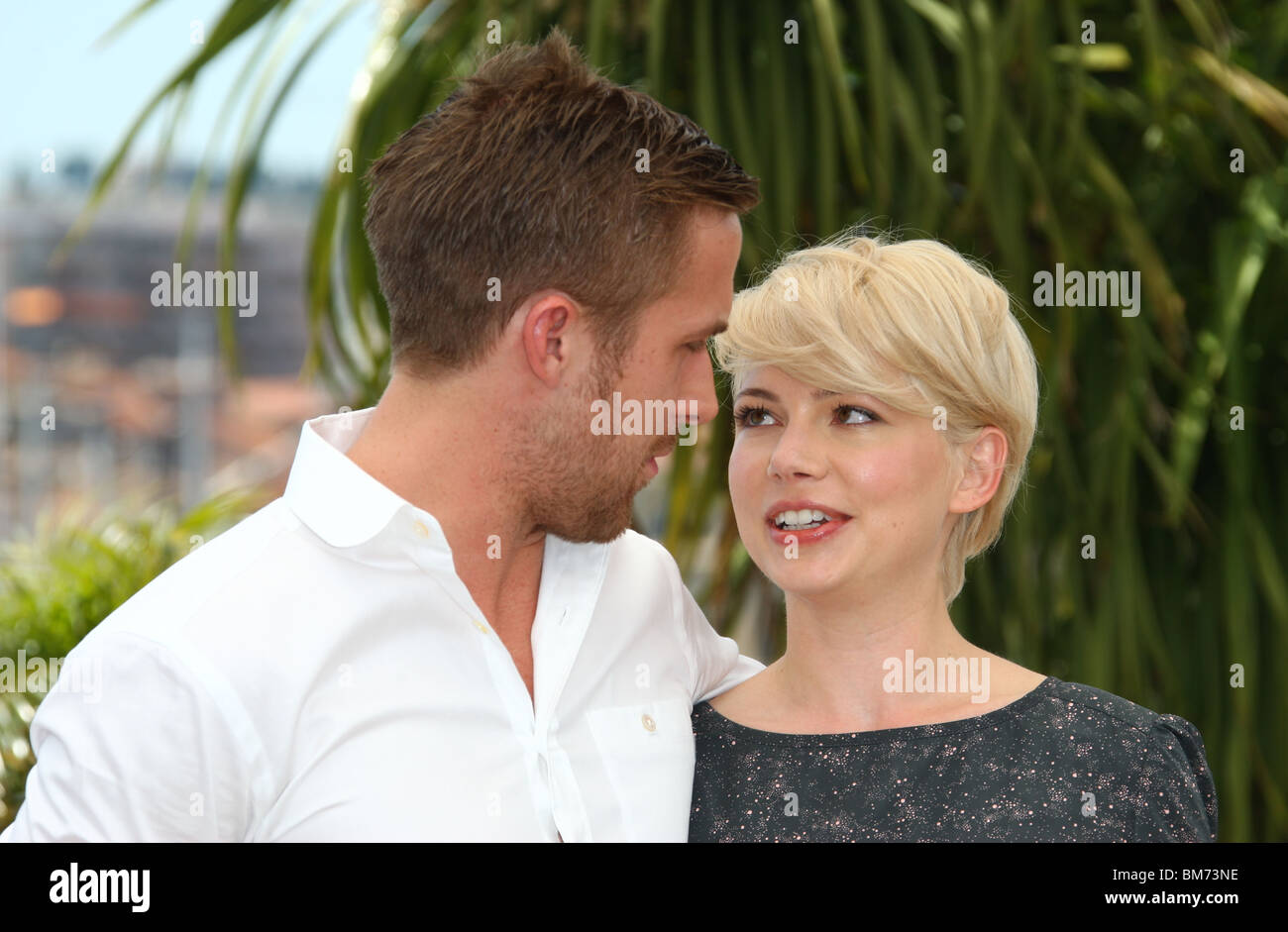 Gut bekannt RYAN GOSLING & MICHELLE WILLIAMS BLUE VALENTINE PHOTOCALL CANNES  GY01