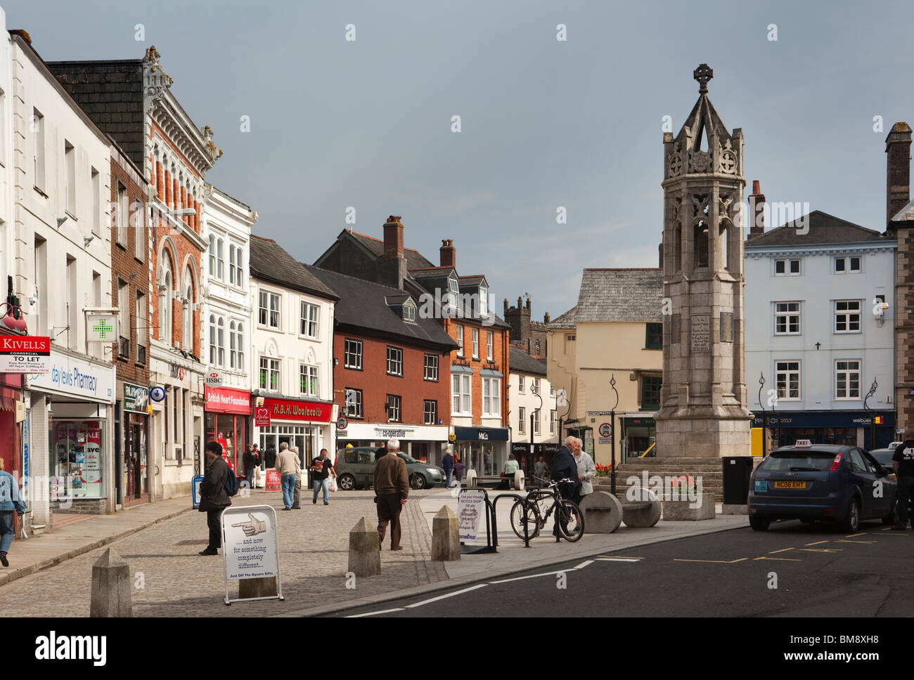 uk  cornwall  launceston  market square  shops opposite war memorial stock photo  royalty free