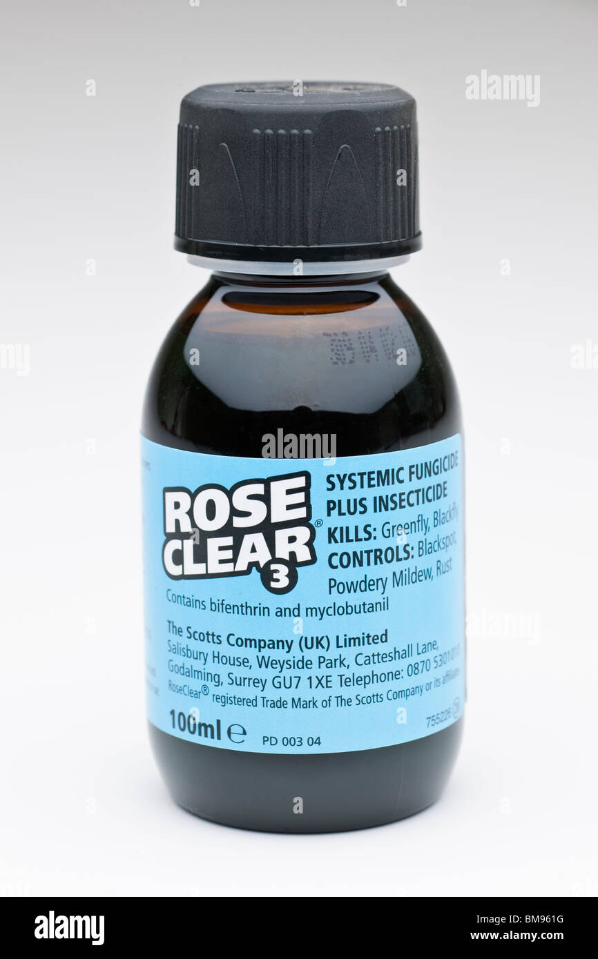 100 ml bottle of Rose Clear Systemic fungicide Stock Photo ...
