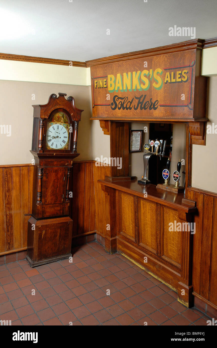 Bar Inside The Crooked House Pub In Himley, Gornal Wood, West Midlands    Stock
