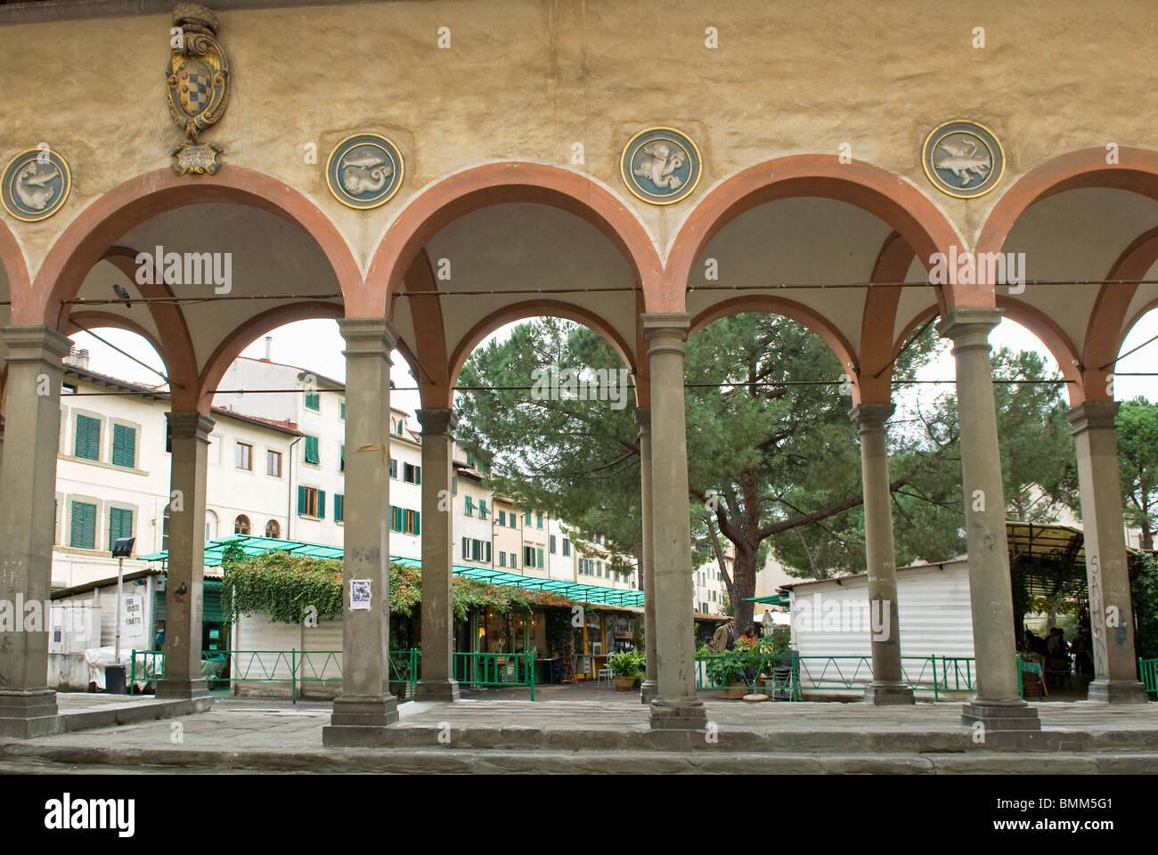 The loggia del pesce piazza dei ciompi ciompi market for Piazza dei ciompi