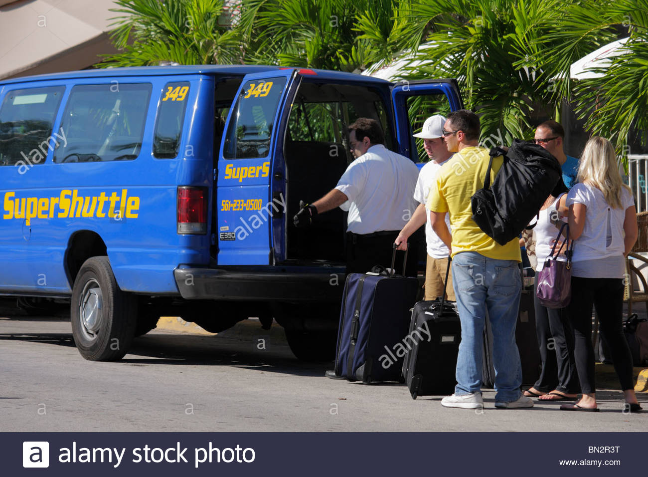 super shuttle miami airport