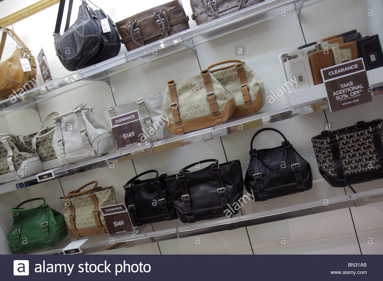 cbcac74905e2 michael kors factory outlet clearance