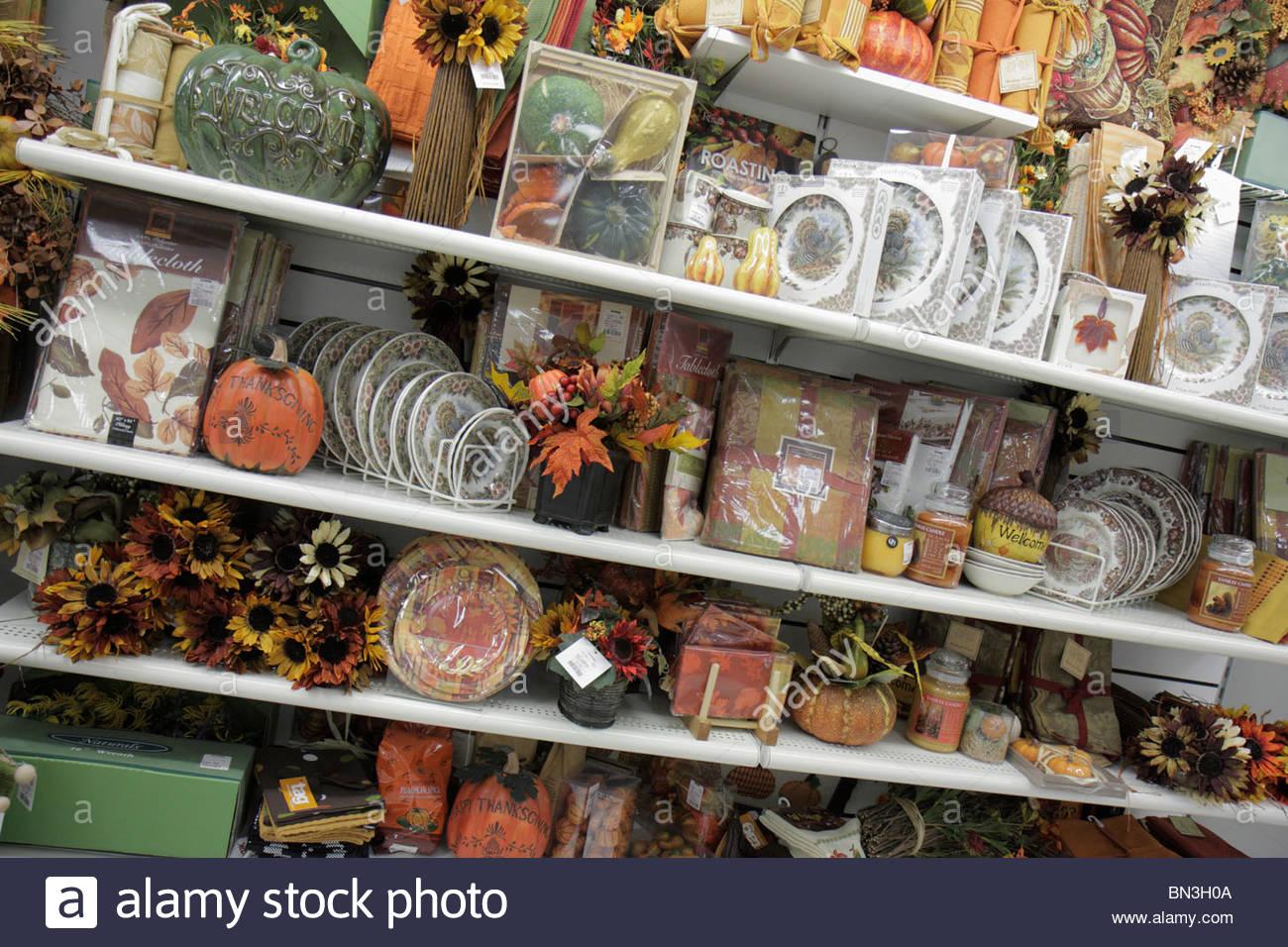 Naples Florida T.j. Tj Maxx Shopping Retail Business Discount ...