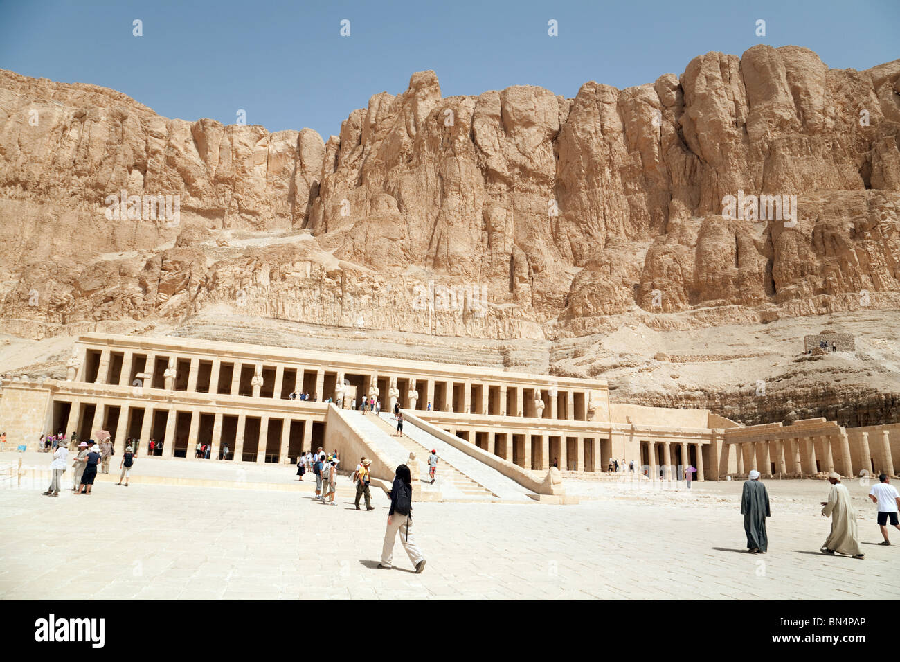 Funerary Temple Of Hatshepsut Deir El Bahri | www.pixshark ...