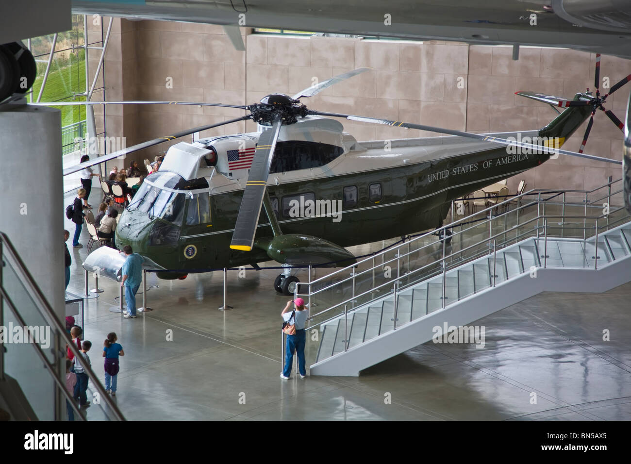 marine one exhibit at the ronald reagan presidential library and museum in simi valley california