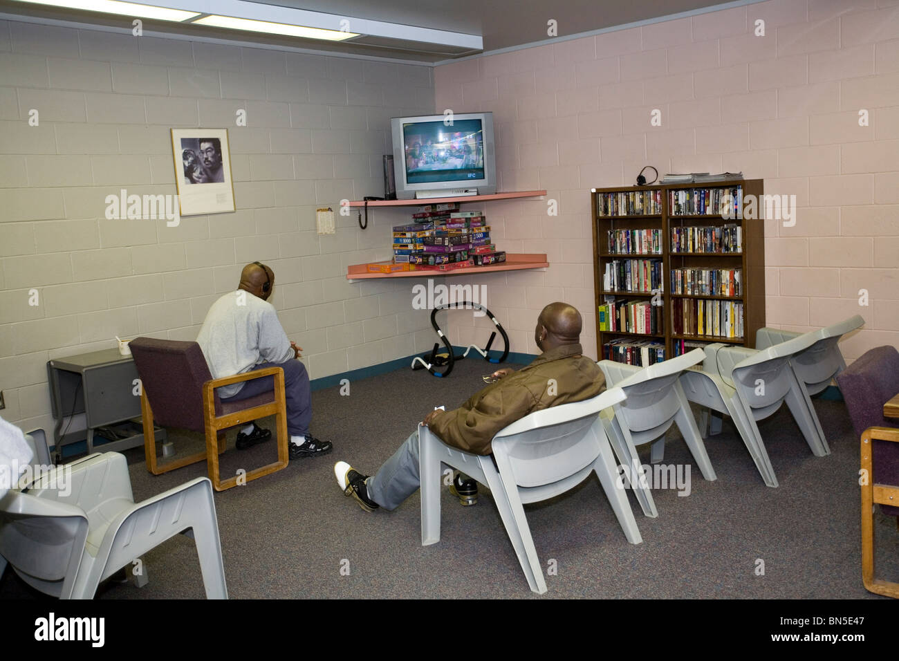 Inmates At Community Corrections Work Release Watching TV In Day - Office furniture lincoln ne
