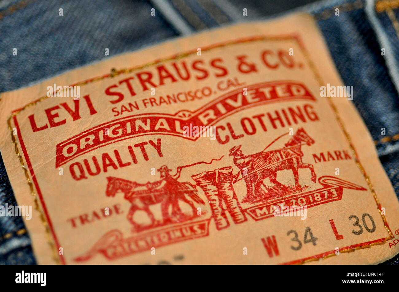 dating levis tags Levi strauss (1829-1902) immigrated to the united states from bavaria in 1847 he worked in the family's dry goods business in new york until 1853.