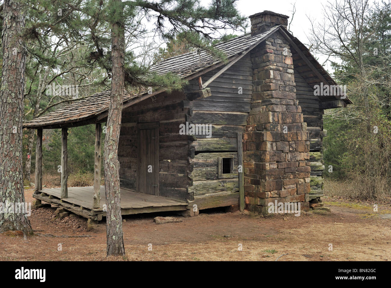 old pioneer cabin petit jean state park arkansas stock photo royalty free image 30295788 alamy. Black Bedroom Furniture Sets. Home Design Ideas