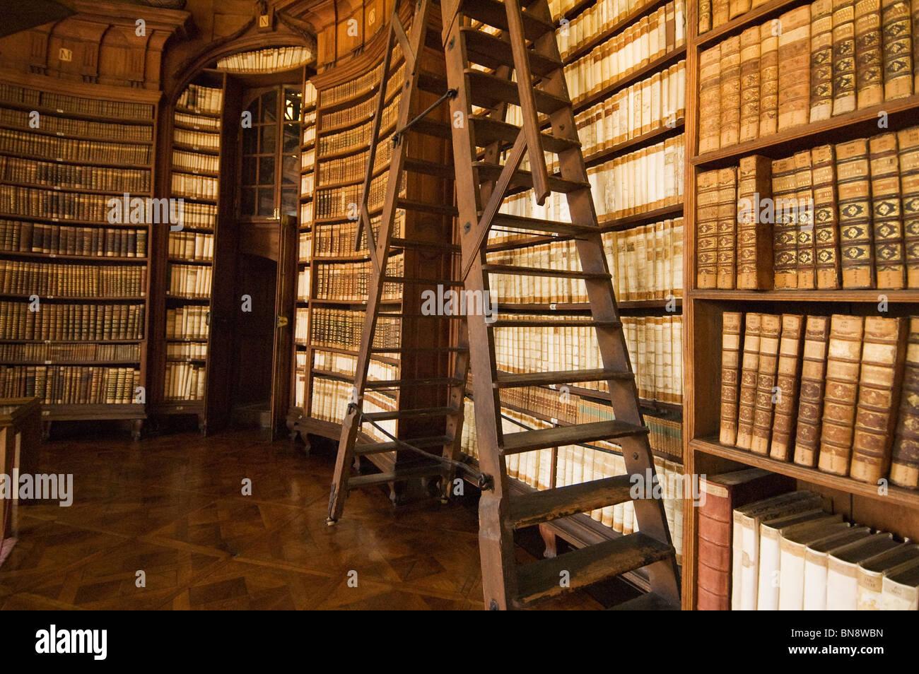 Elk190 3053 Hungary Eger Lyceum Library 1778 Antique Books
