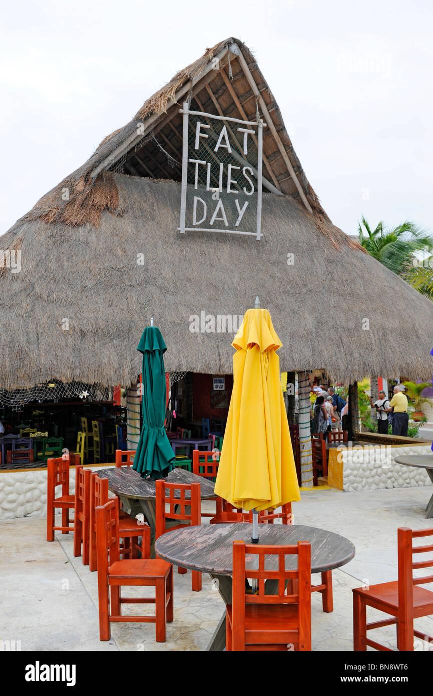 Fat tuesday restaurant bar caribbean cruise ship in puerta for Puerta 6 aeropuerto ciudad mexico
