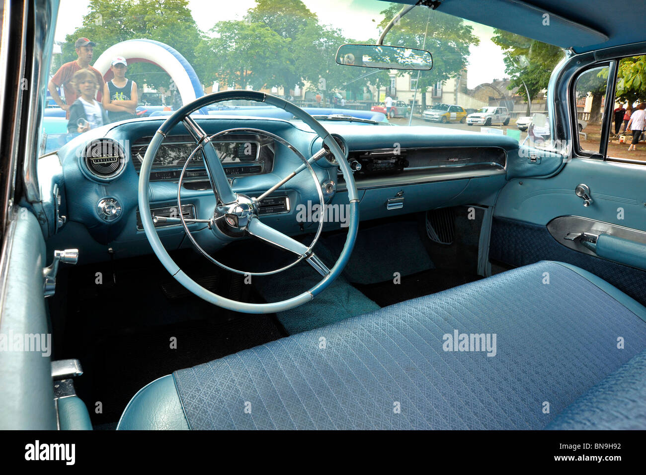 Classic car american cadillac eldorado interior dashboard for American classic interior