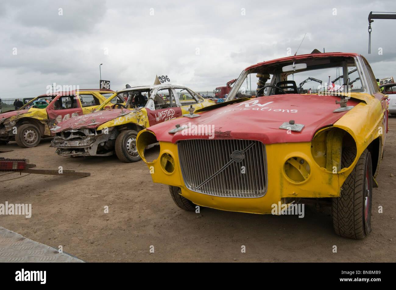 Smashed Up Volvo Banger Racer Banger Racing Car At Smallfield Dirt