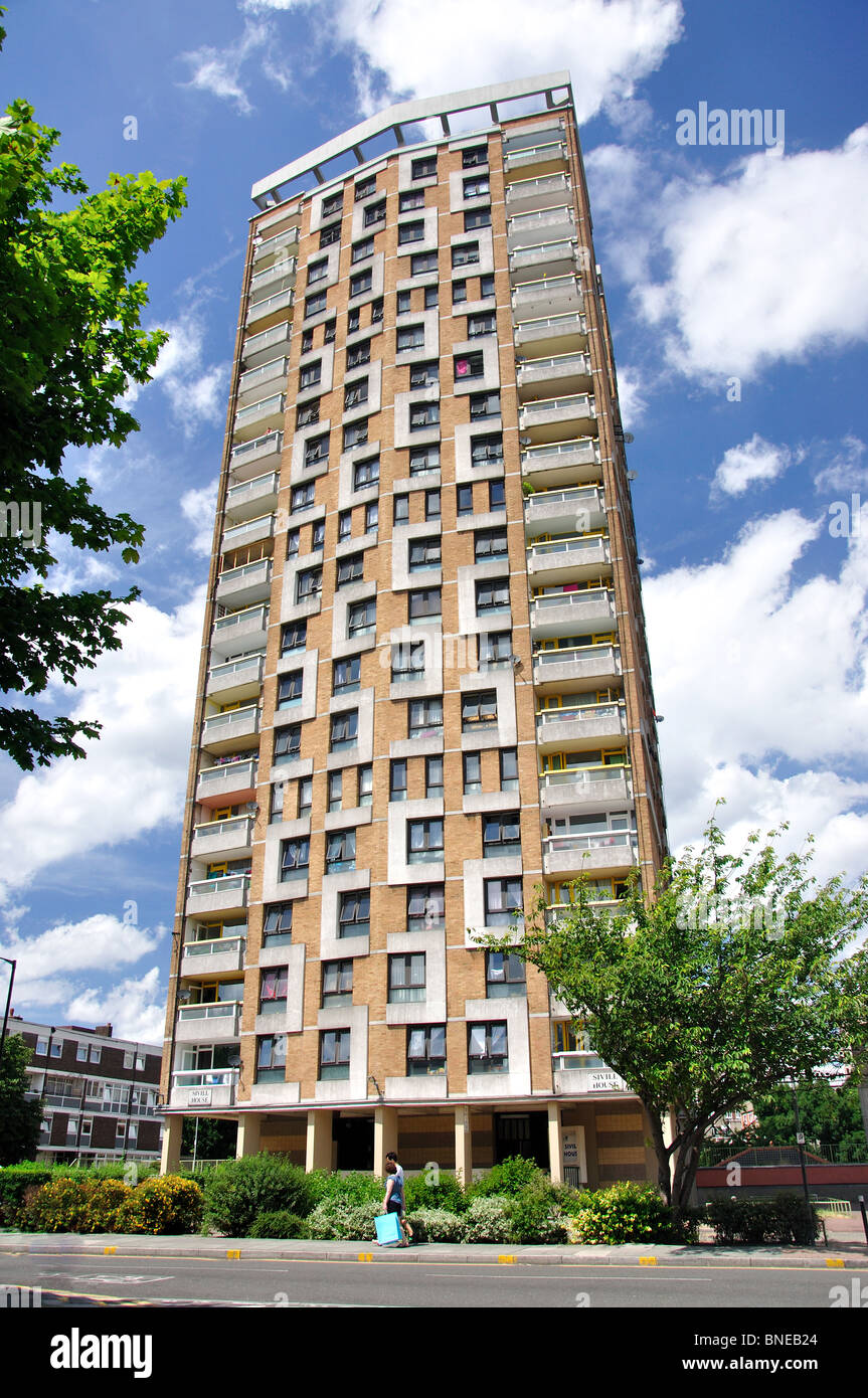 East London: Tower Block, East End, The London Borough Of Tower Hamlets