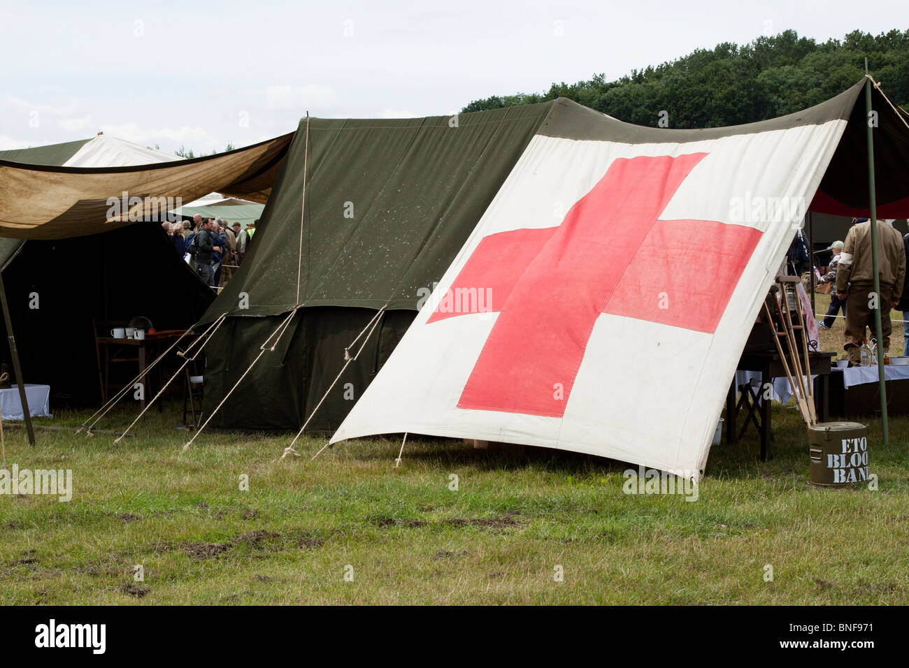 First Aid Tent At A Reenactment in North&ton & First Aid Tent At A Reenactment in Northampton Stock Photo ...