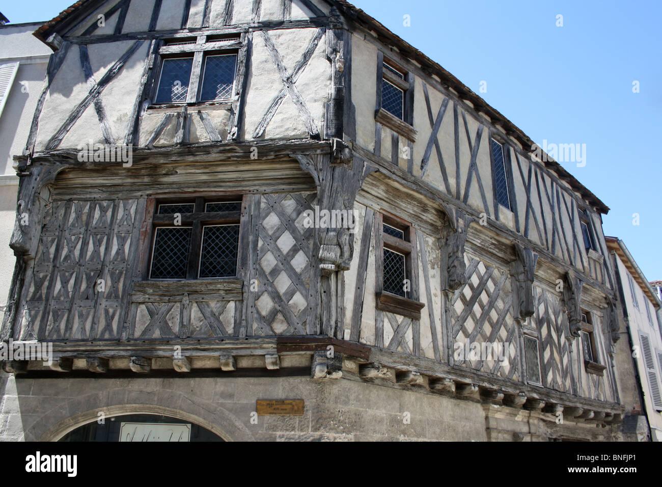 maison de la lieutenance cognac sw france upper floors