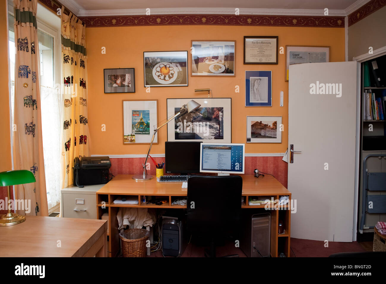 Interior Apartment Flat Home Exchange, Holiday Rentals, Pa-ris ...