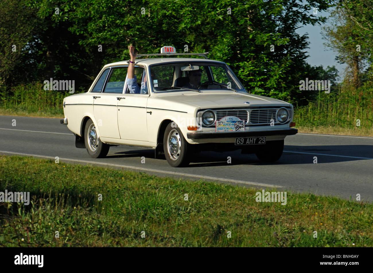 Volvo 144b taxi 1970 in the tour de bretagne classic car rally 2010
