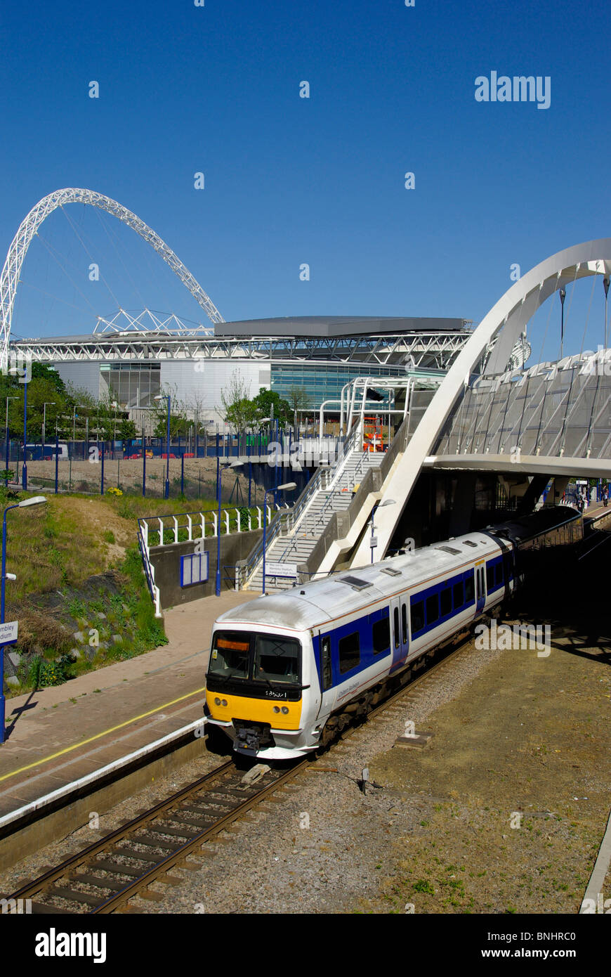 Wembley Roof Amp Image Information