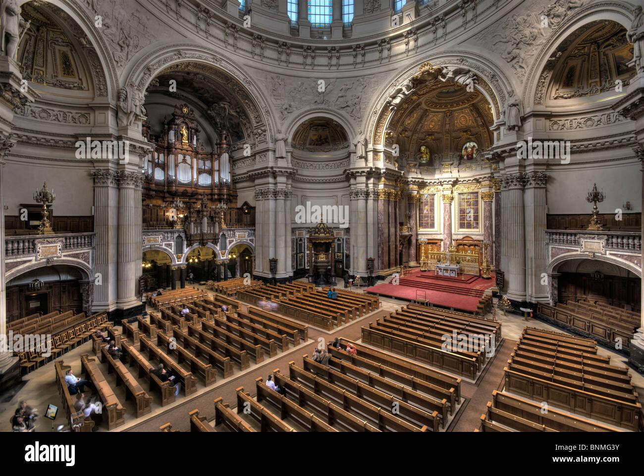 berliner dom berlin cathedral interior view on altar. Black Bedroom Furniture Sets. Home Design Ideas