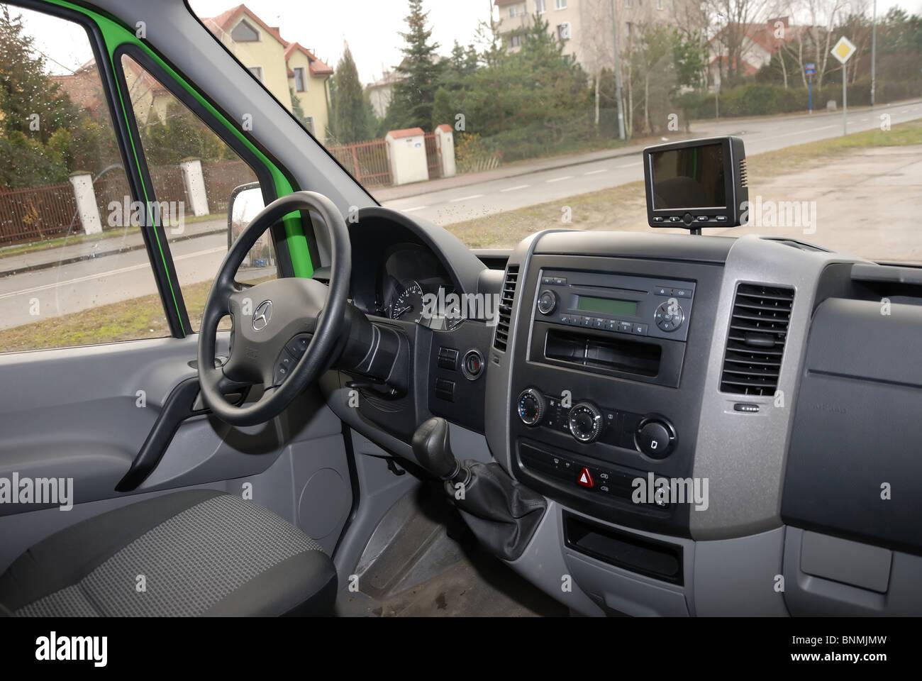 Mercedes benz sprinter 260 cdi van green l3h2 german mcv van cabin