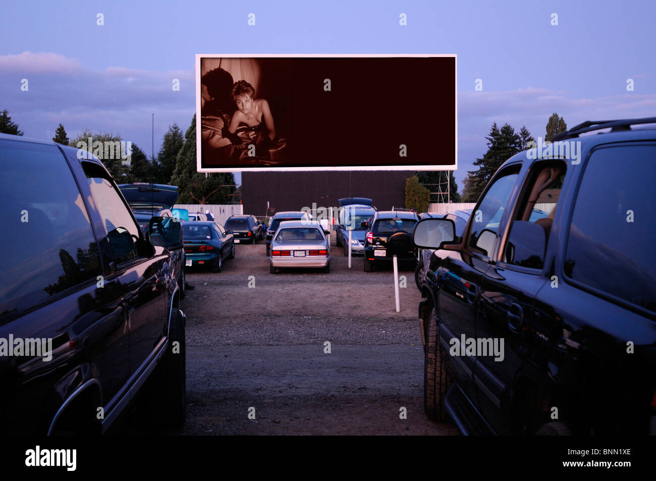 motor vu drive in dallas oregon usa cinema parking cars