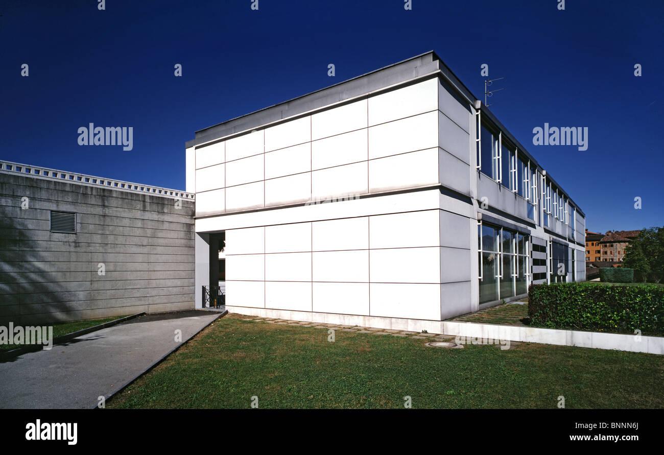 Modern architecture scuola montagnola school ticino livio for J j school of architecture