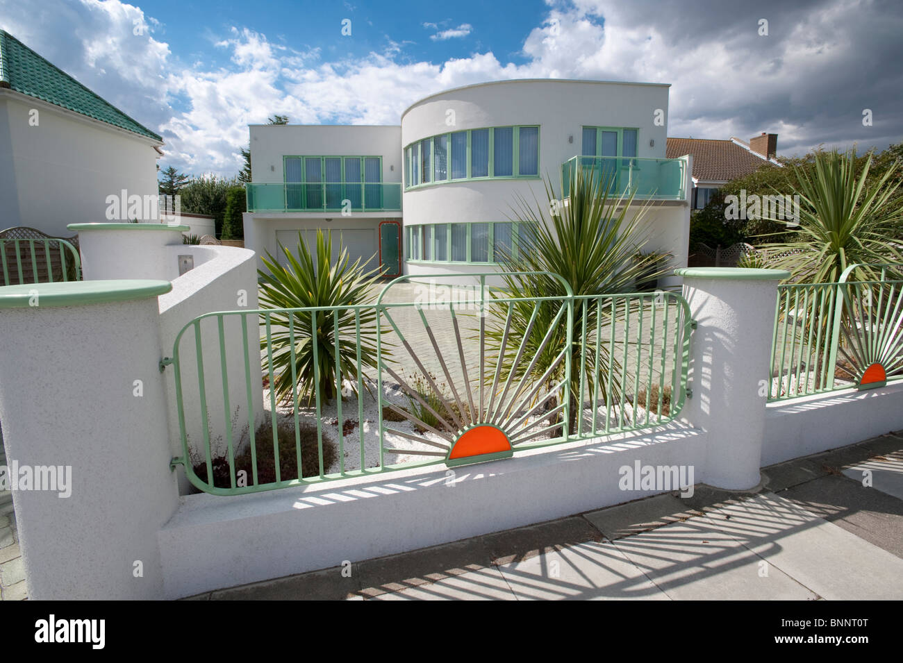 Art Deco House With Curved White Walls And Distinctive