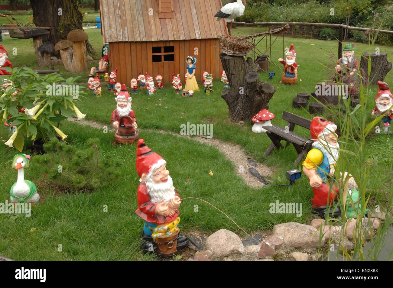 Garden Gnome Garden Stock Photos & Garden Gnome Garden Stock ...