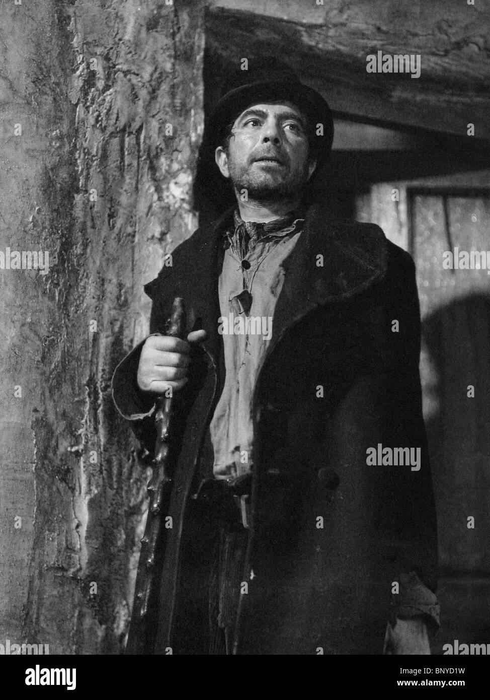 newton stock photos newton stock images alamy robert newton oliver twist 1948 stock image