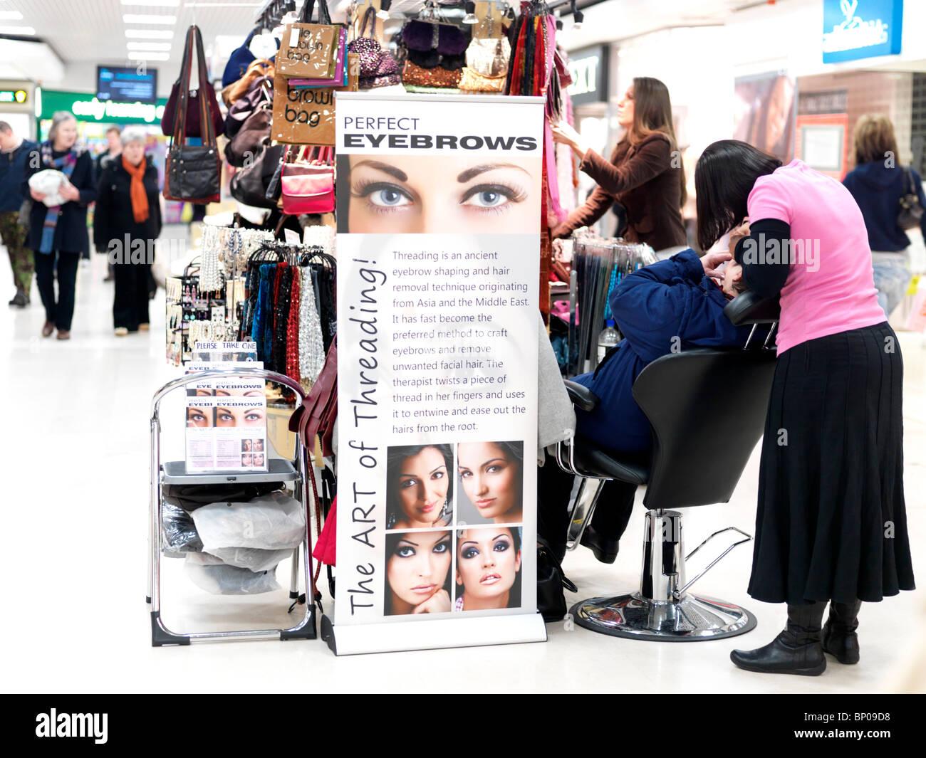 Eyebrow Threading Stock Photos & Eyebrow Threading Stock Images ...