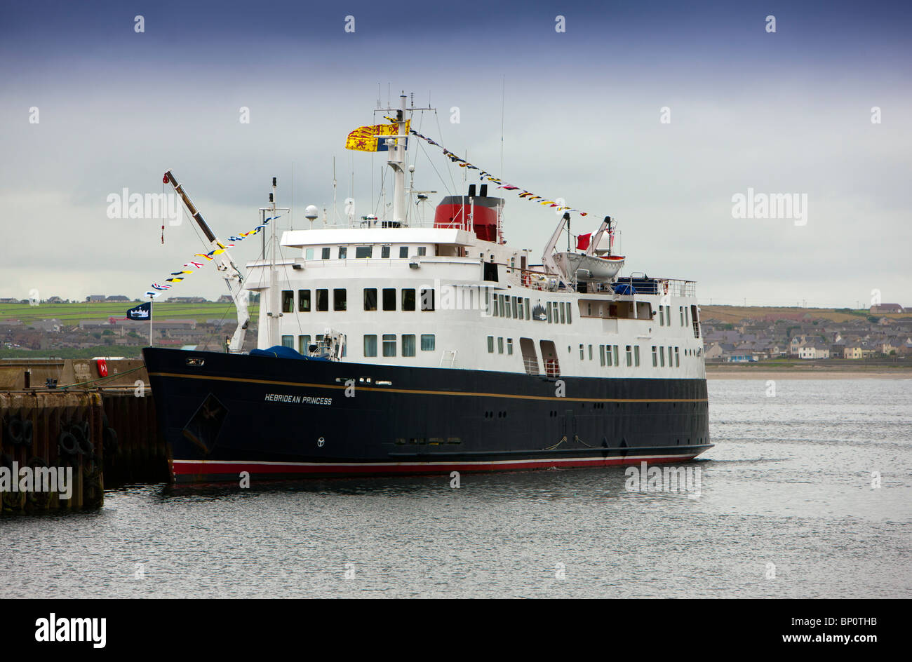 The Hebridean Princess Cruise Ship Flying The Queens Royal - Flying cruise ship