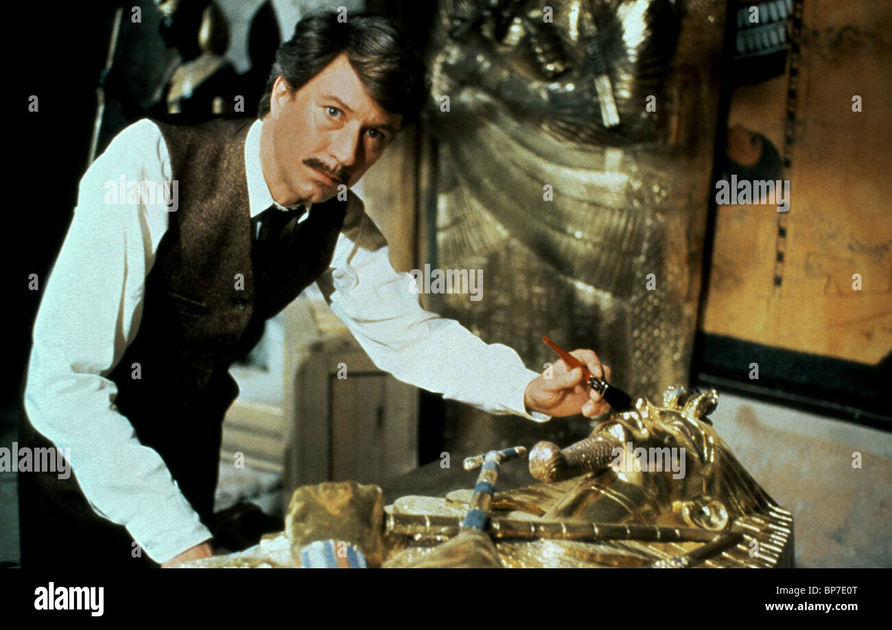 ROBIN ELLIS THE CURSE OF KING TUT'S TOMB (1980 Stock Photo
