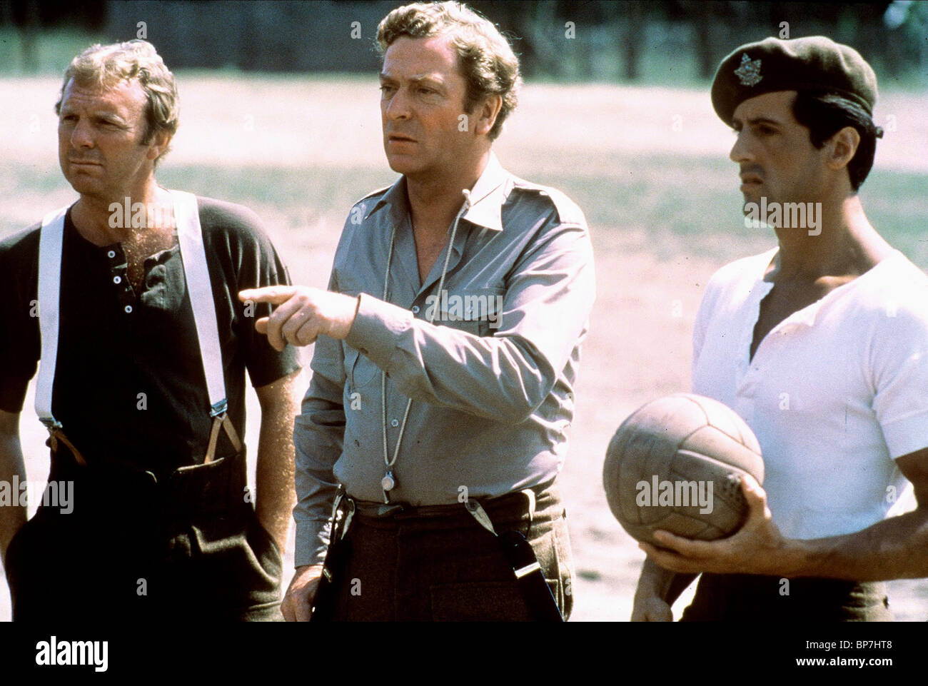 BOBBY MOORE MICHAEL CAINE & SYLVESTER STALLONE ESCAPE TO VICTORY