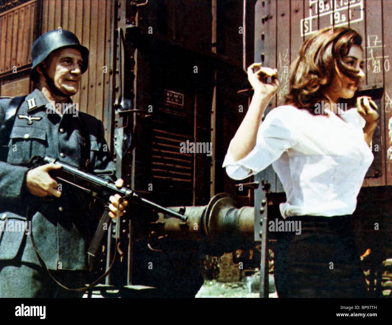 Stock photo trevor howard raffaella carra von ryan s express 1965