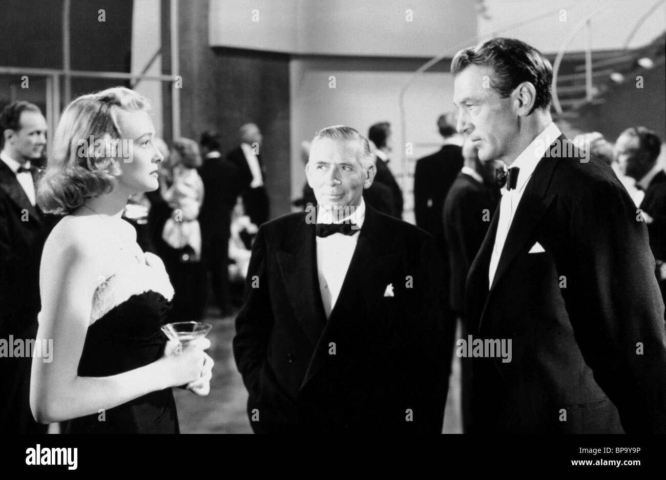 patricia neal robert douglas gary cooper the fountainhead