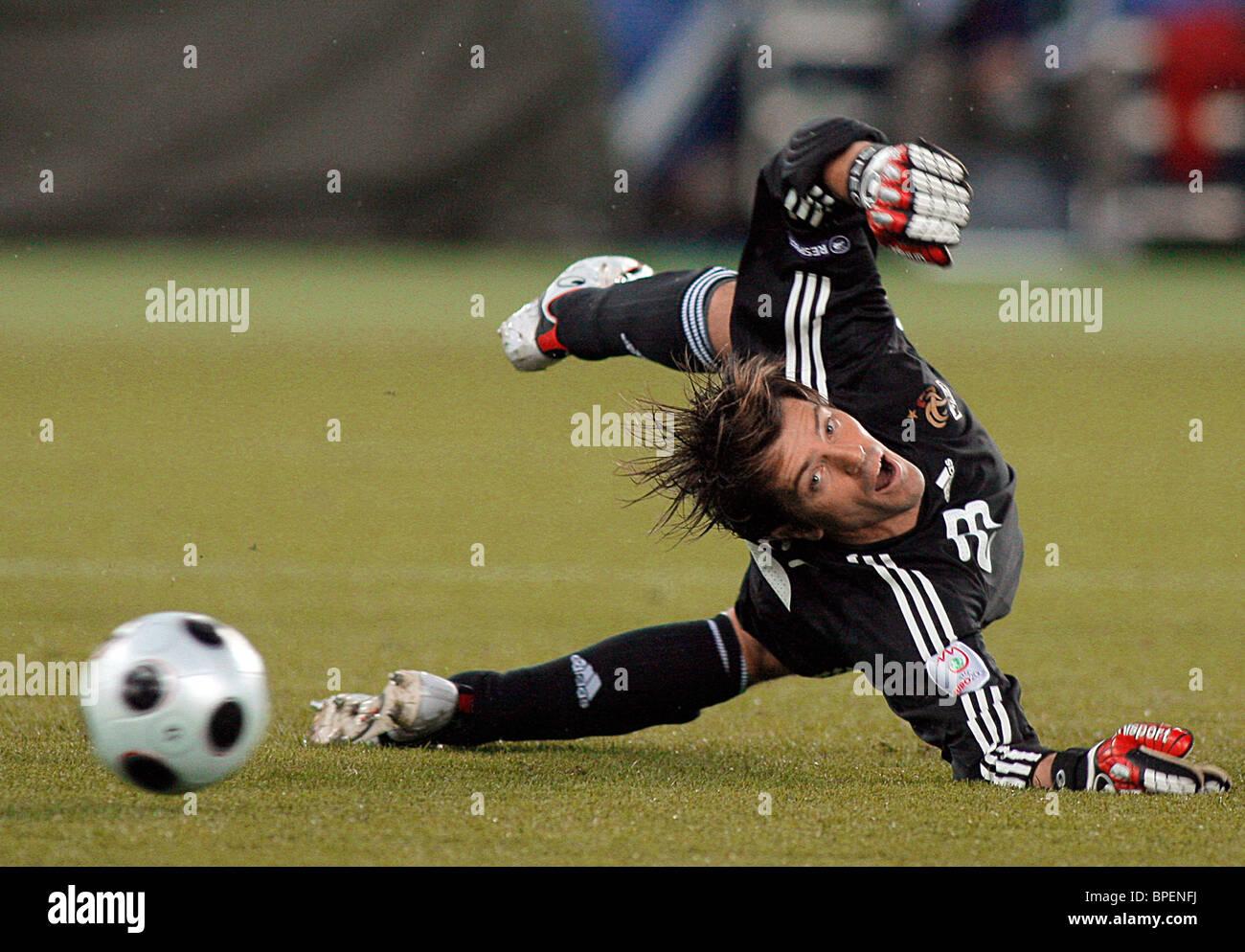 Italy Goalkeeper Stock Photos & Italy Goalkeeper Stock Images - Alamy
