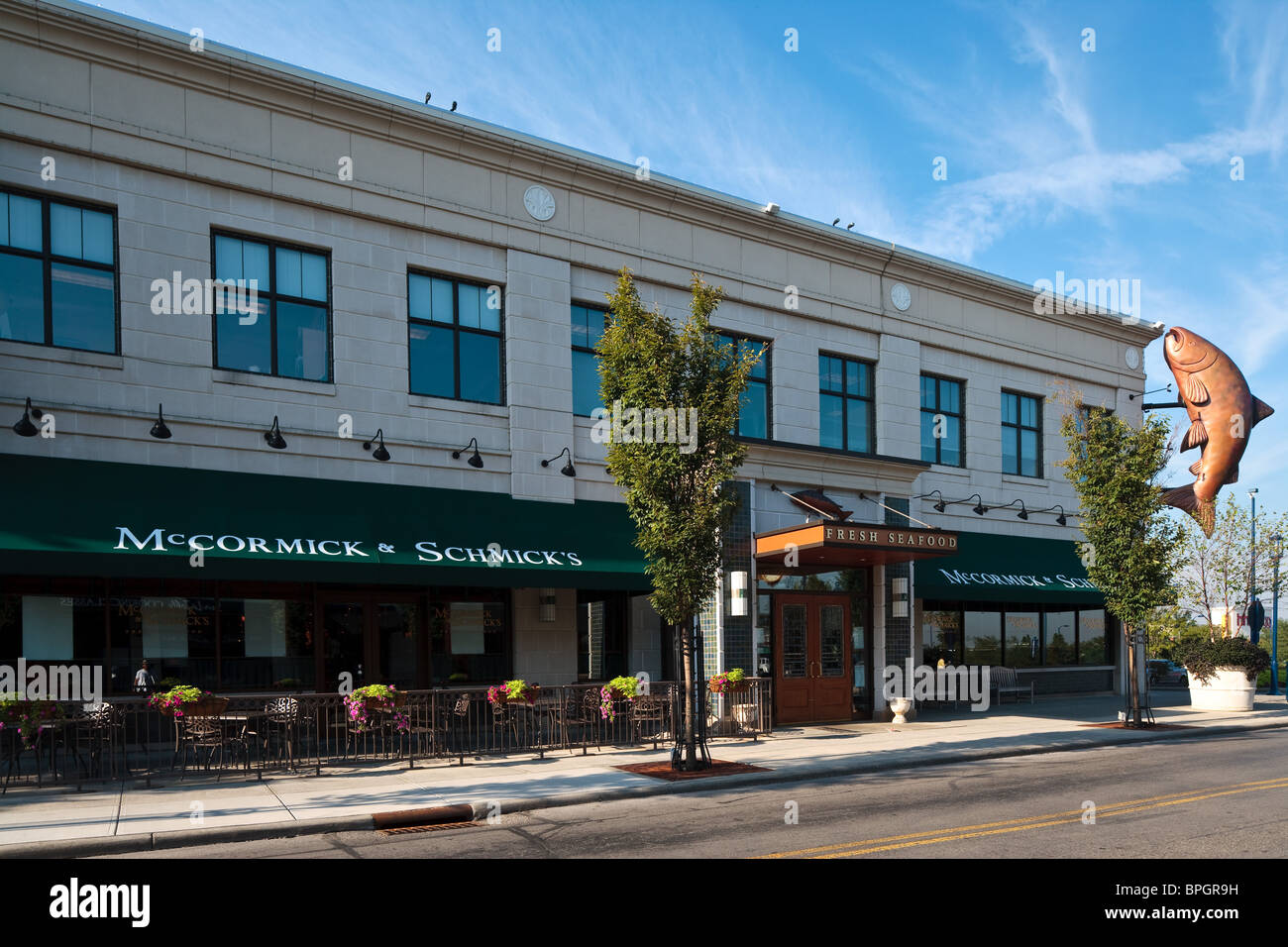 Mccormick schmick 39 s restaurant at easton town center in for Fish restaurants in columbus ohio