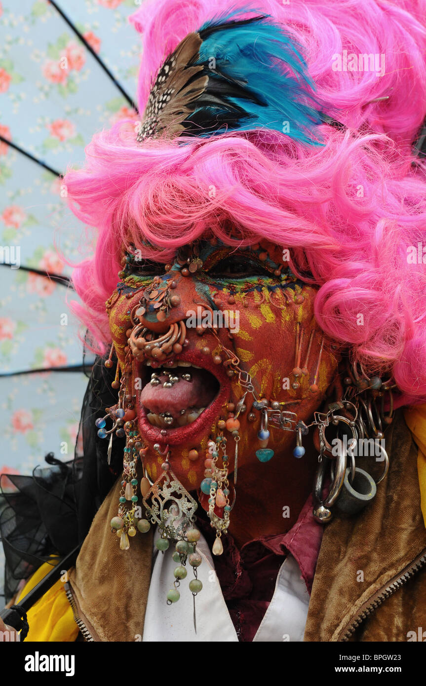 Elaine Davidson, World's Most Pierced Woman With 6925 ...