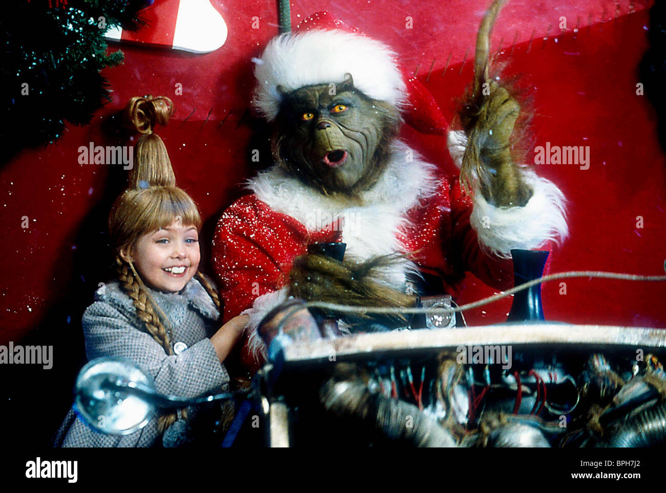 TAYLOR MOMSEN & JIM CARREY HOW THE GRINCH STOLE CHRISTMAS (2000 ...