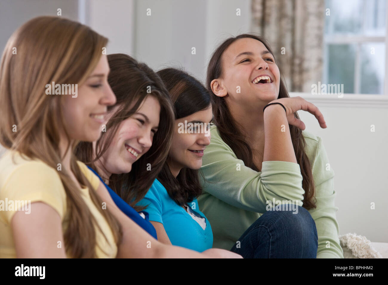 friend single hispanic girls After ernest baker's essay about interracial relationships, the reality of dating white women when you're black, ran on gawker earlier this month we received hundreds of comments and emails objecting to, agreeing with, or otherwise responding to baker this week, we're publishing some of those .