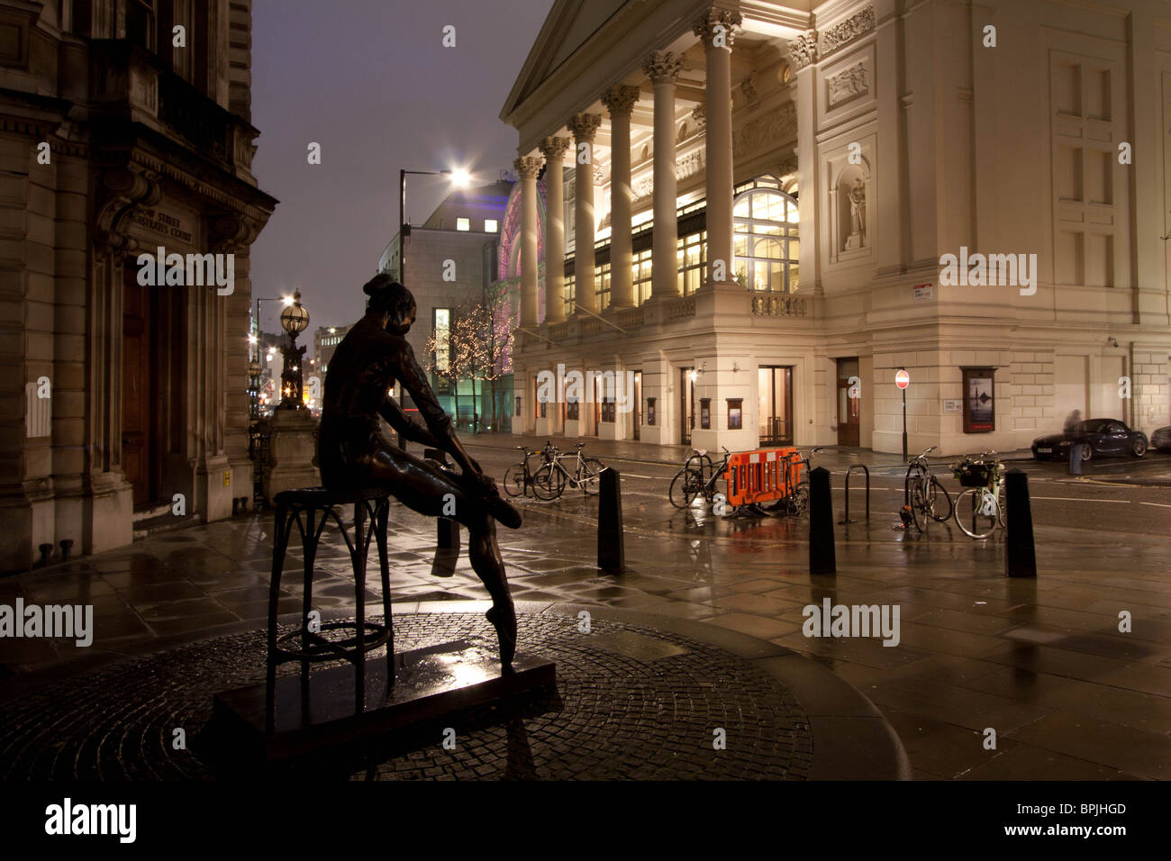 The Ballerina Statue Outside The Royal Opera House Covent Garden Stock Photo Royalty Free