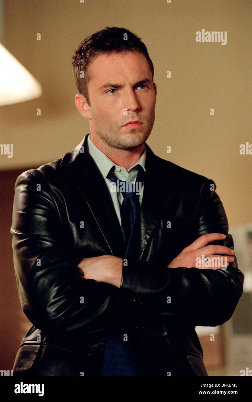 Leather jacket decade - Dragnet Desmond Harrington