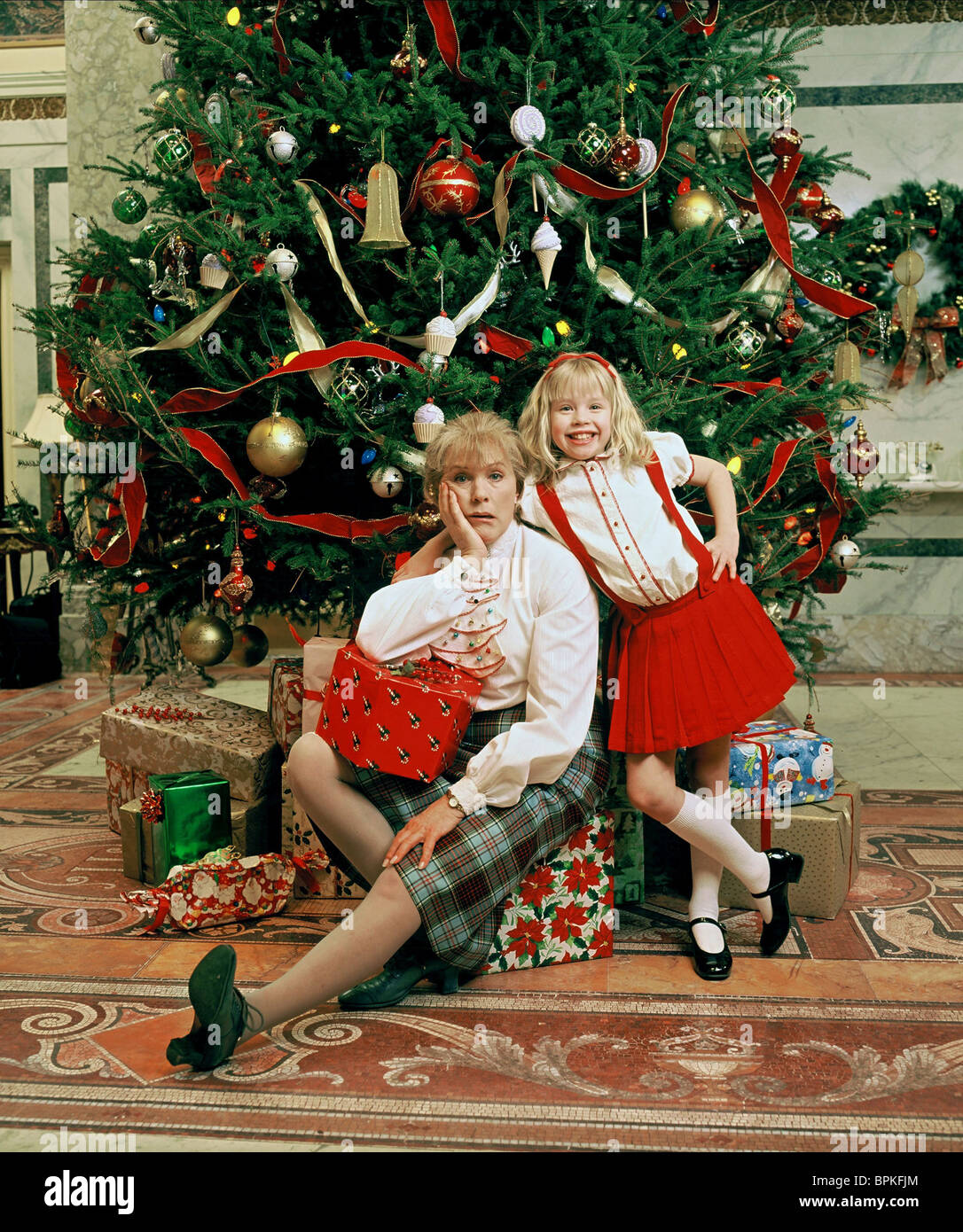 JULIE ANDREWS & SOFIA VASSILIEVA ELOISE AT CHRISTMASTIME (2003 ...