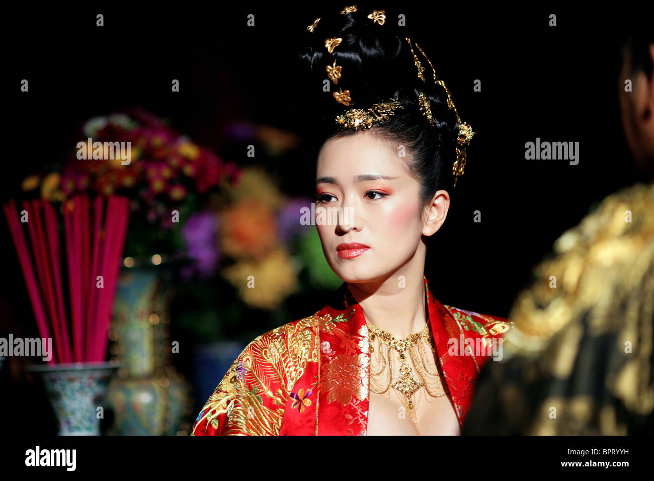 GONG LI CURSE OF THE GOLDEN FLOWER MAN CHENG JIN DAI HUANG JIN JIA Stock Pho