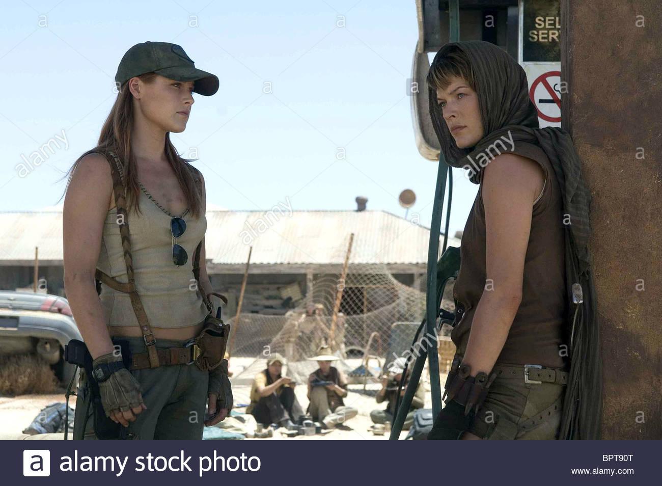 ALI LARTER & MILLA... Milla Jovovich Resident Evil 3